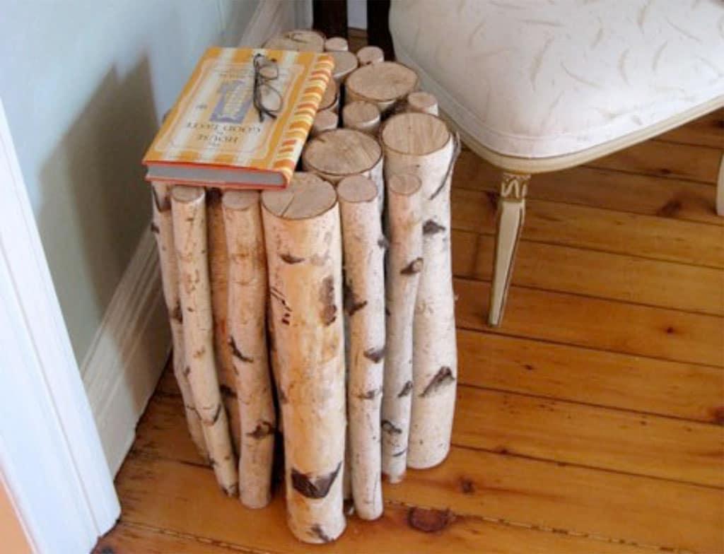Originální noční stolek – ilustrační obrázek, zdroj