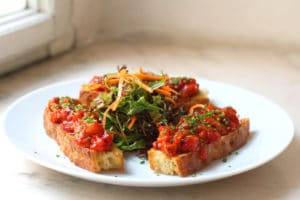Bruschetta s pepperonatou